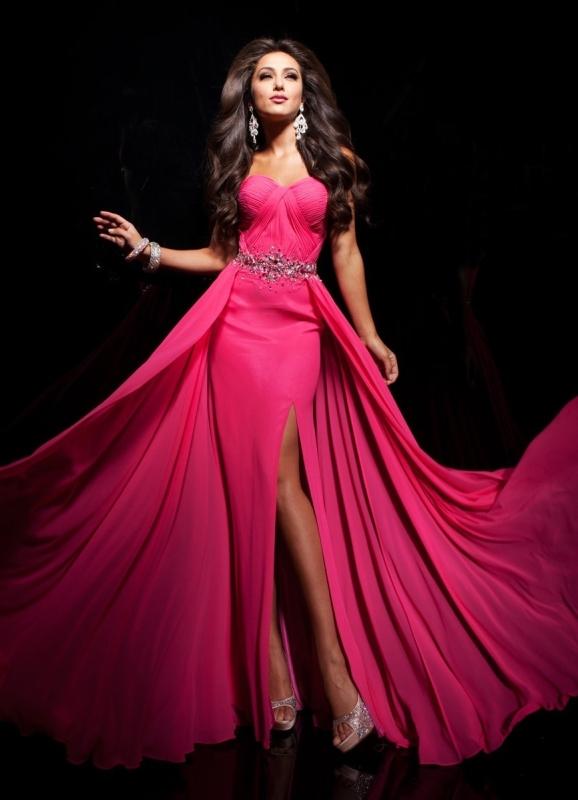 фото красивых девушек в платьях