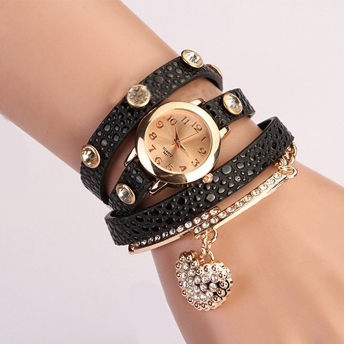 ac21745dff40 Оригинальный вариант праздничного презента – женские часы с длинным  ремешком. Такие часы можно подобрать индивидуально, по цвету и фактуре  кожаного ремешка.