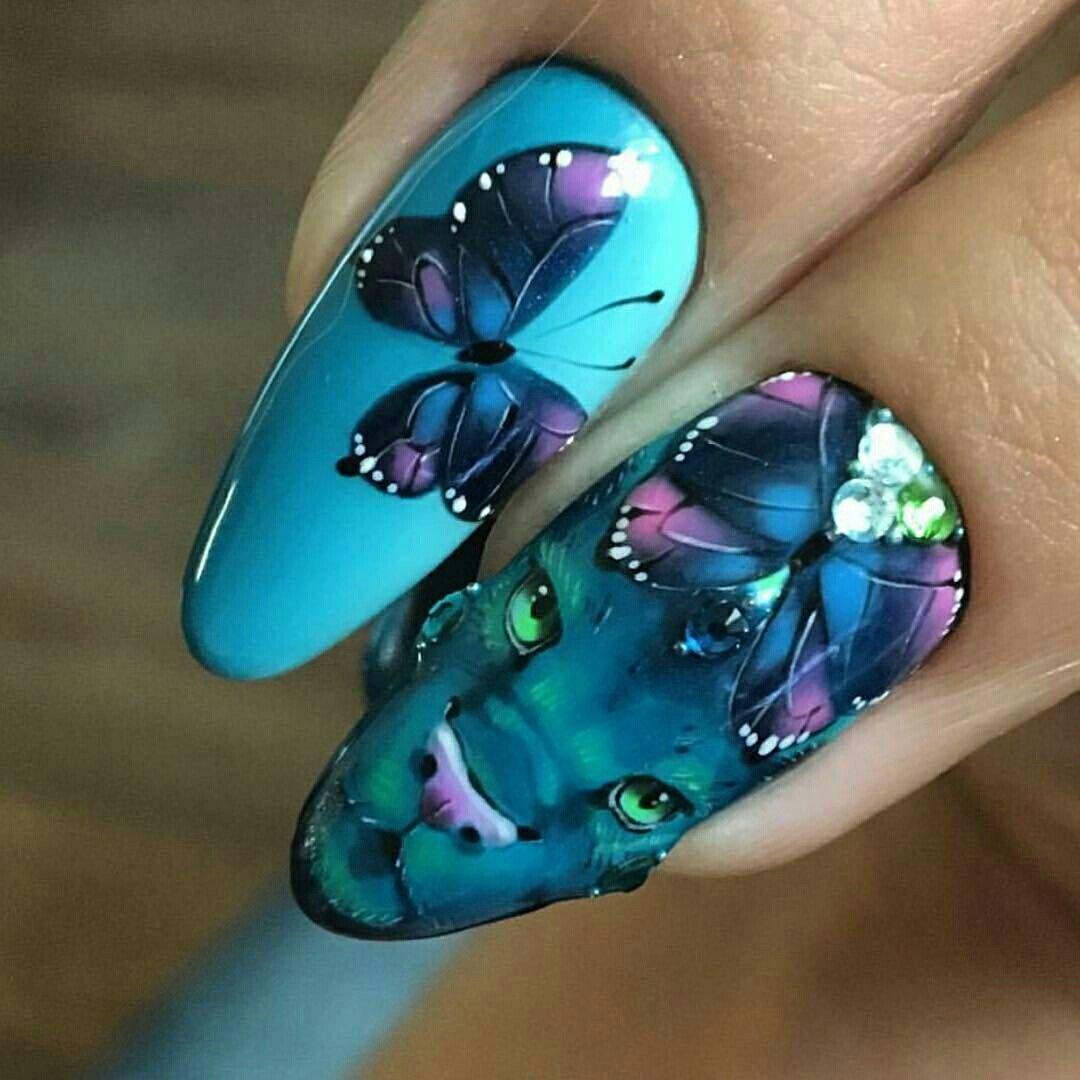 Фиолетовый маникюр с бабочками (38 фото)