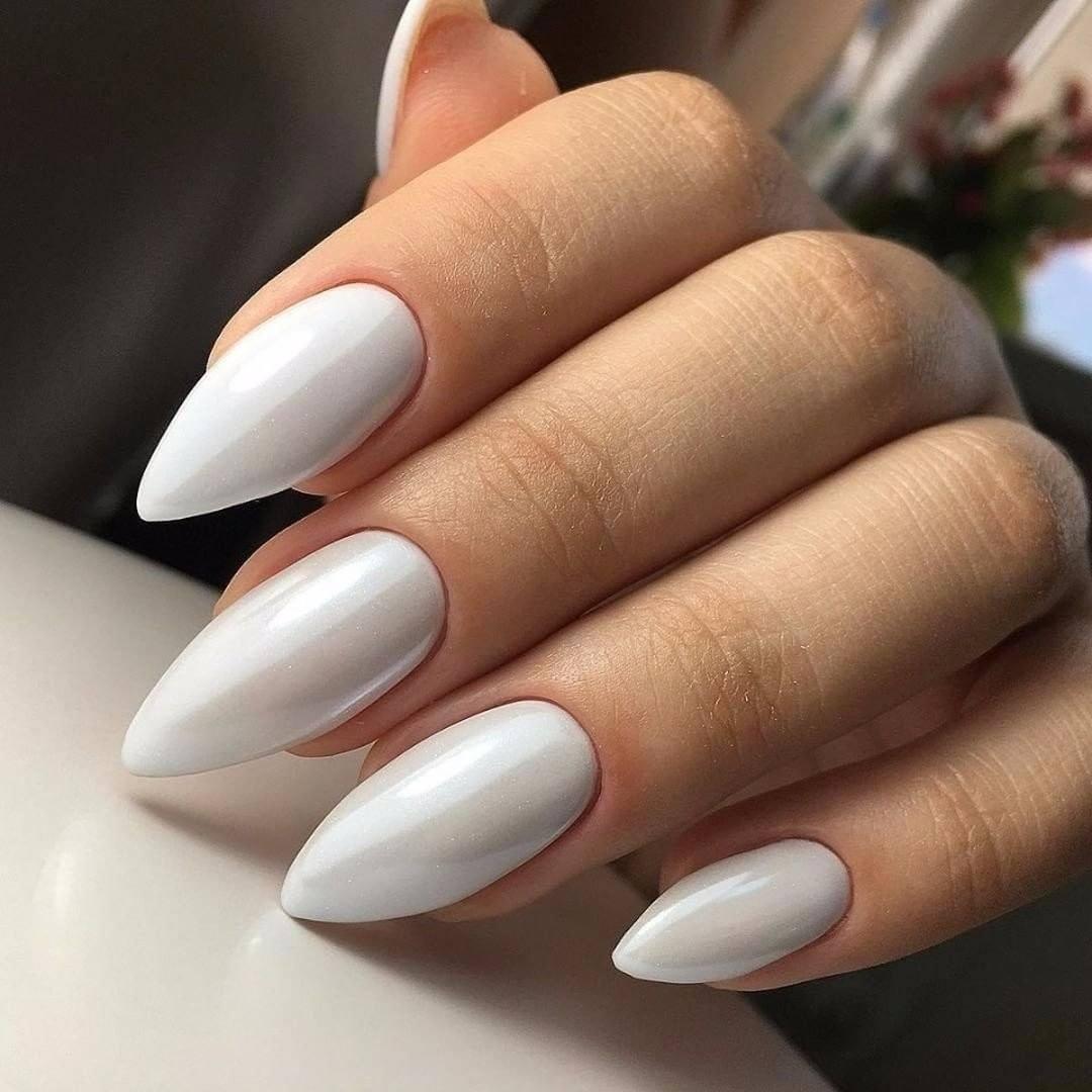 Миндалевидная форма ногтей маникюр фото