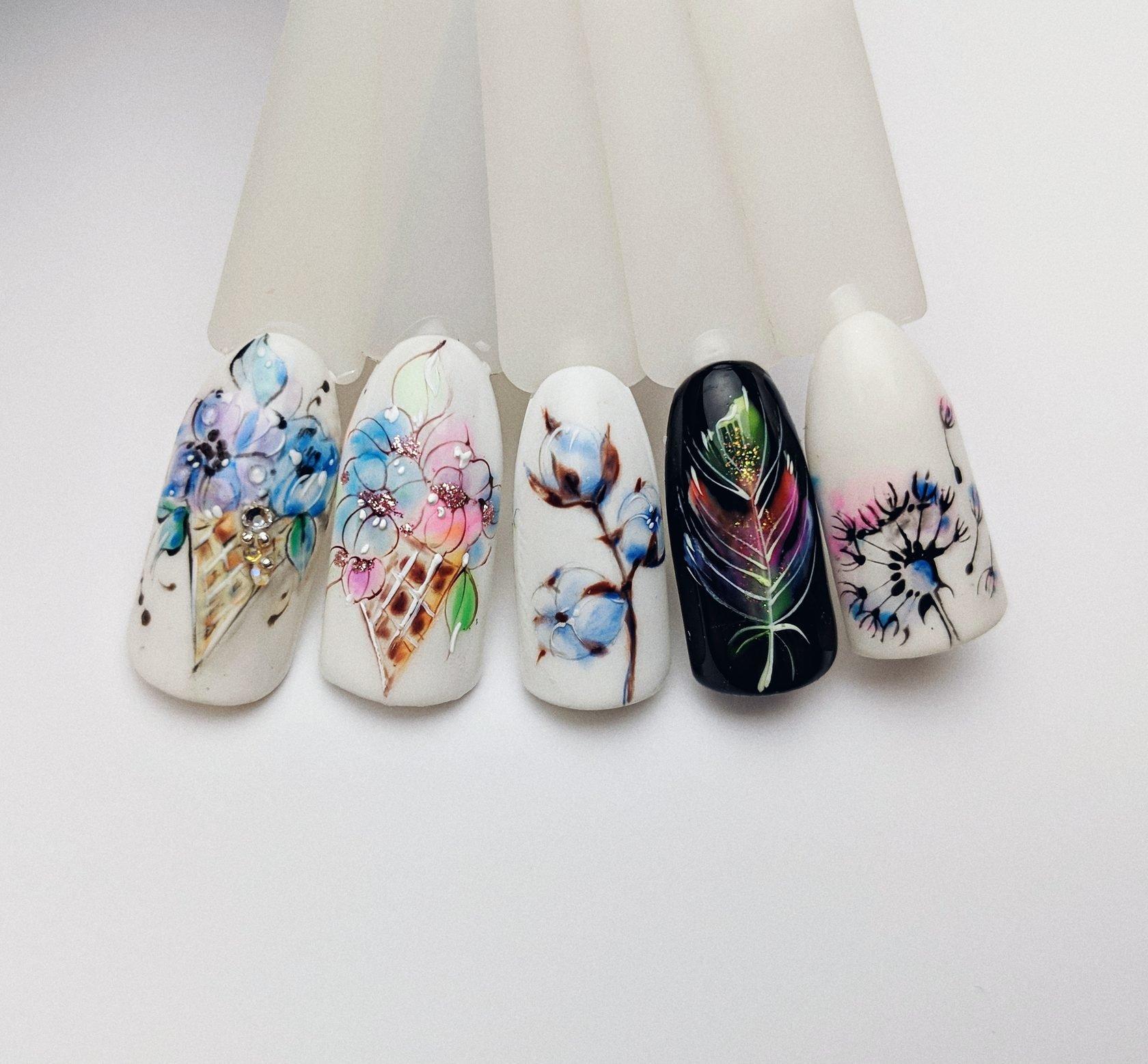 Цветы на нотях. Цветочный дизайн ногтей - LadyLiga