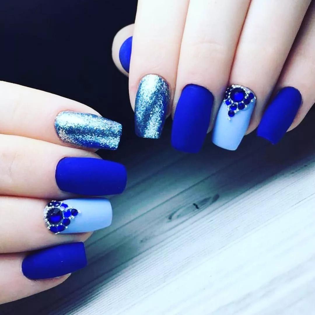 Синие ногти фото