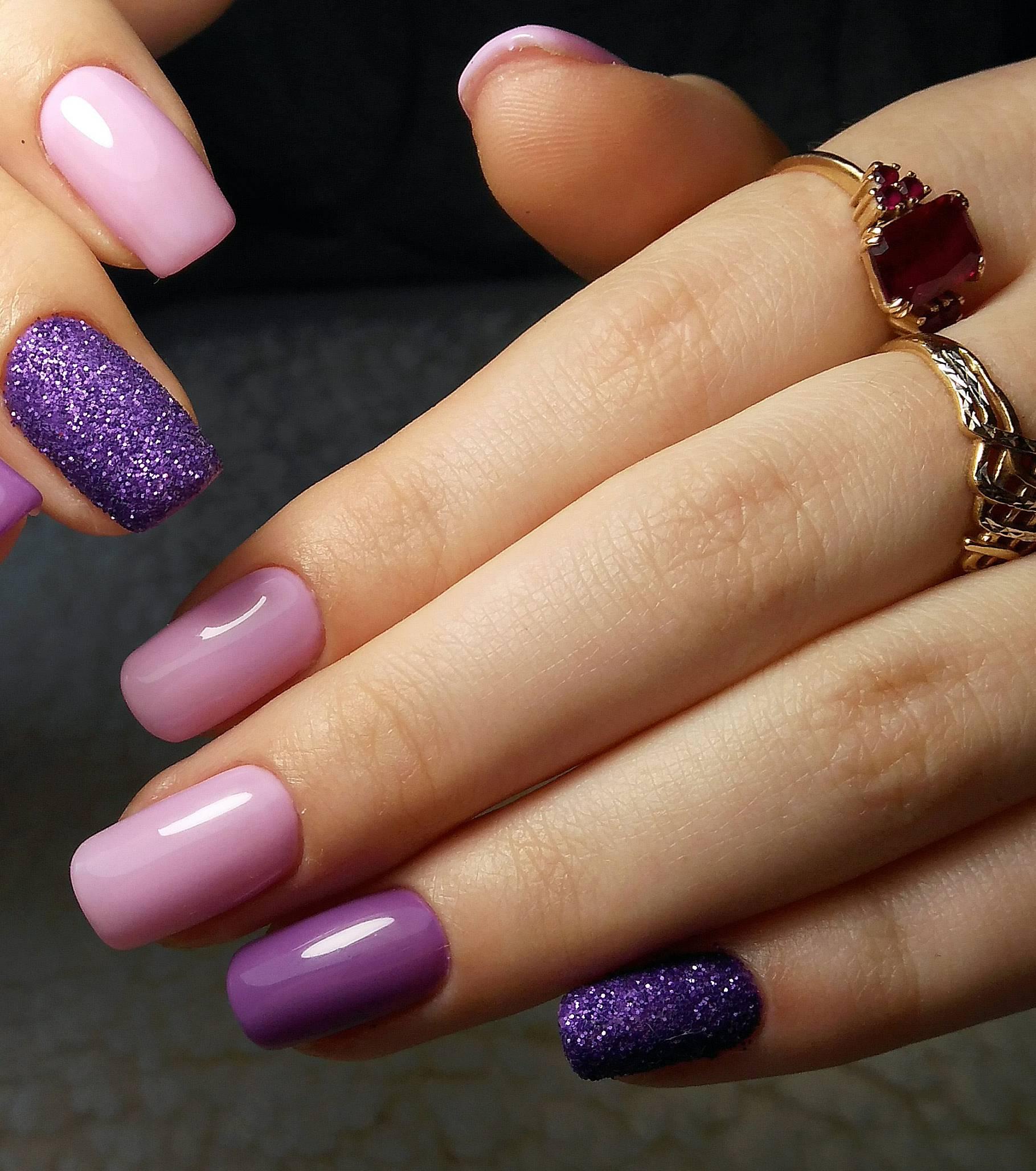 Фиолетовый цвет ногтей фото сочетание
