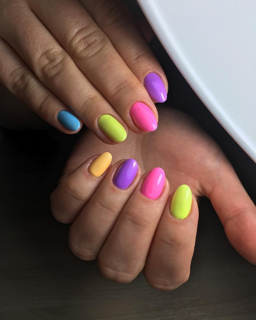 Разноцветные ногти гель лаком фото