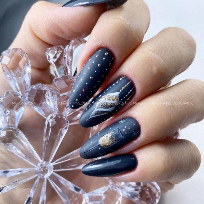 Новогодние ногти 2021