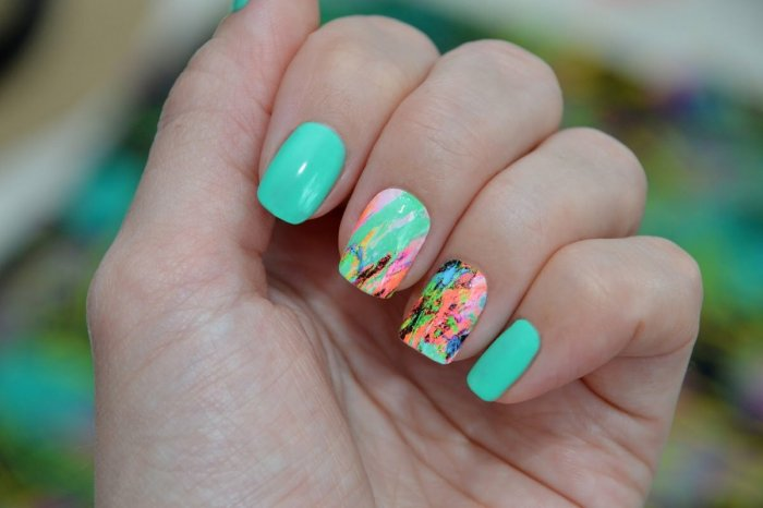 Маникюр на короткие ногти мятного цвета